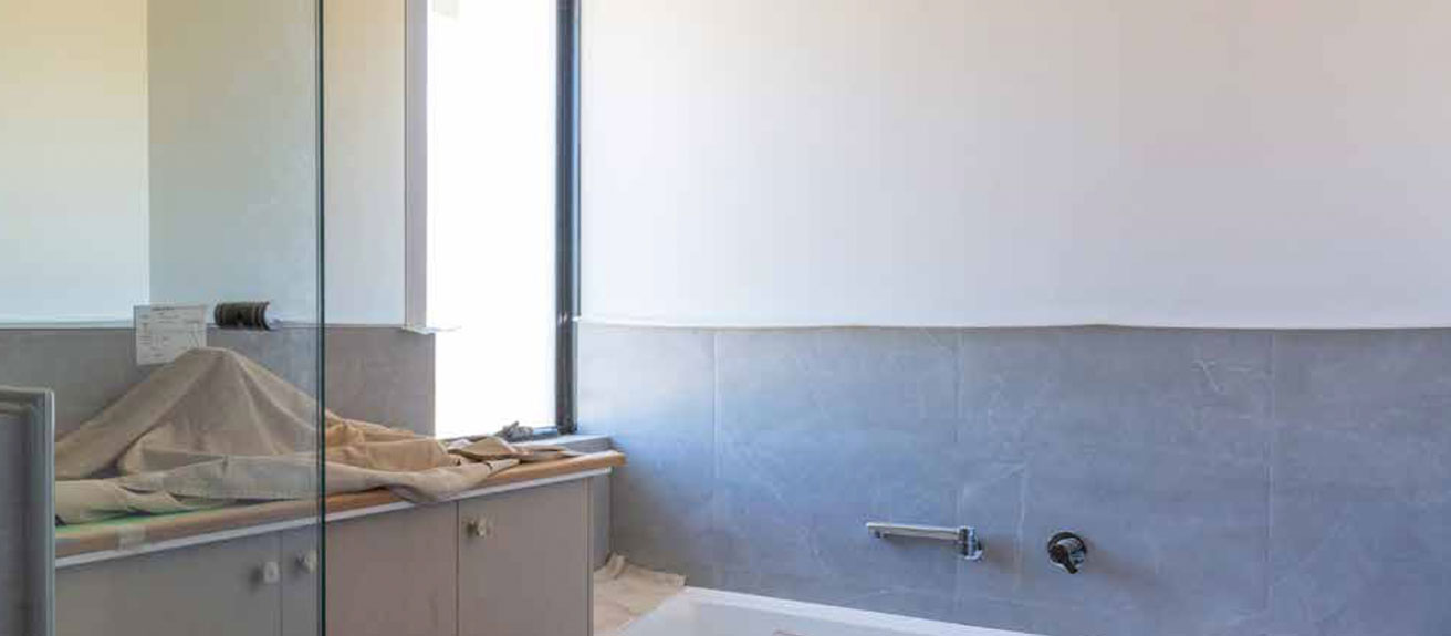 the-shower-screens-and-mirrors-are-measured-pic-1